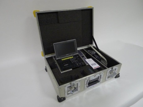 Sony GV-HD700/1 Portable HDV Clamshell Recorder with Flight Case